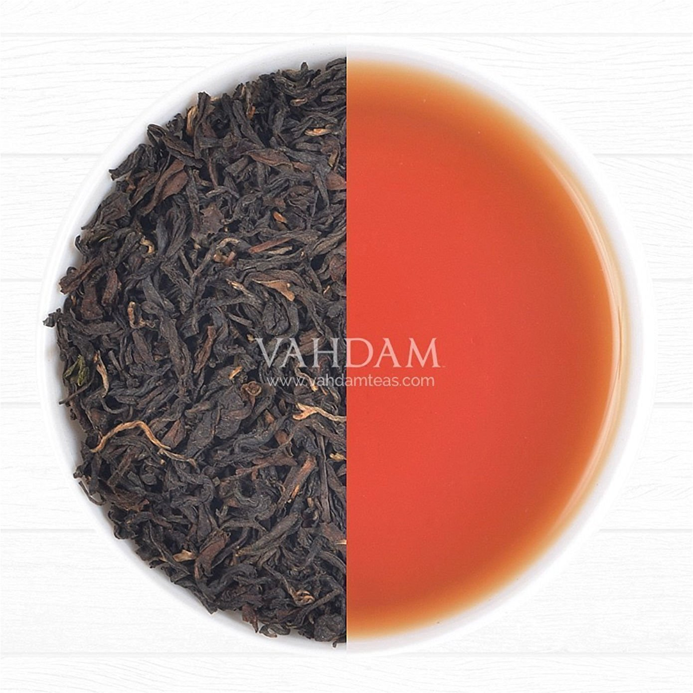 Color of VAHDAM oolong tea